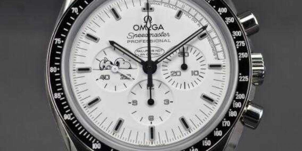 "THE Omega SPEEDMASTER ""SILVER SNOOPY AWARD"" 50TH ANNIVERSARY"
