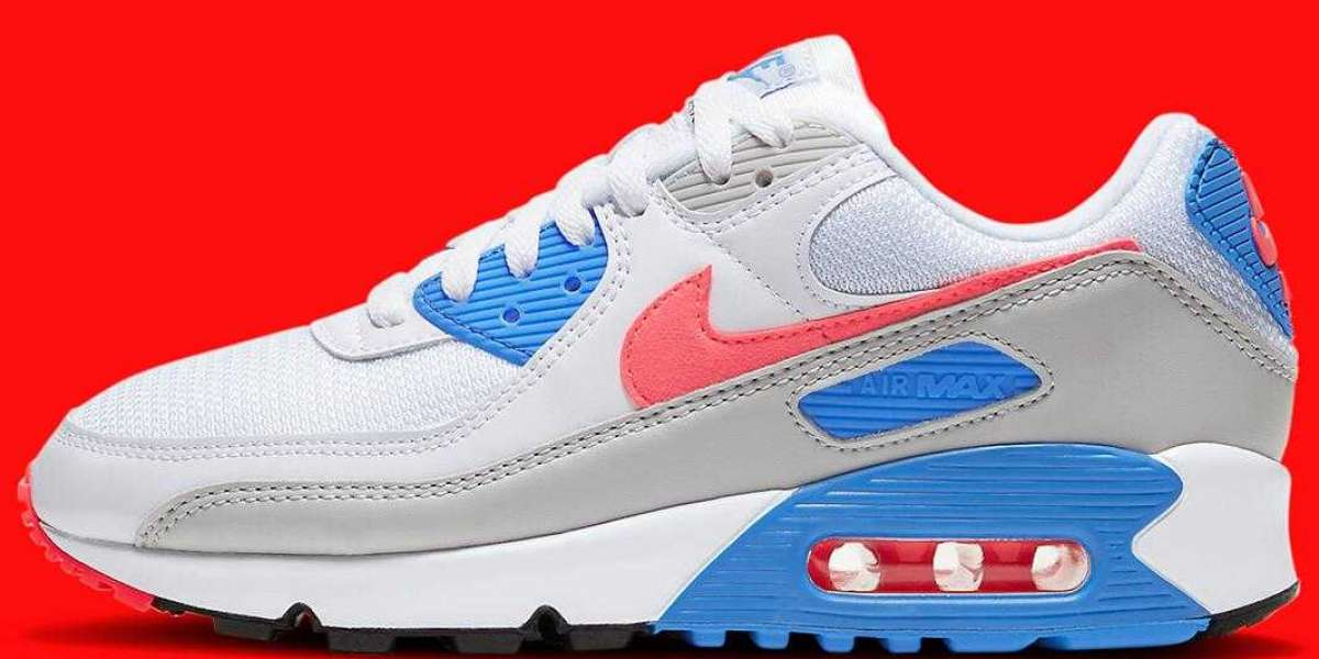 The Latest OG Women's Colorway Nike Air Max 90 Infrared Releasing Soon
