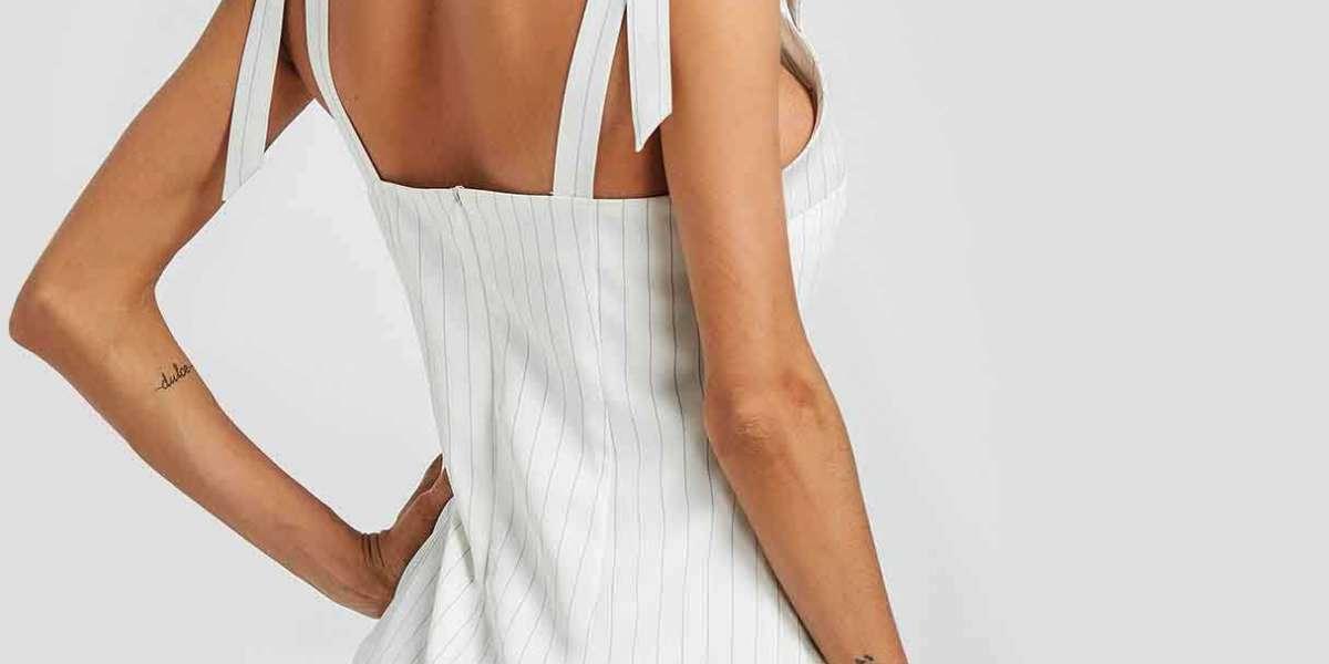 Round Neck Plain Lace-Up Pleated Short Sleeve Irregular Hem Grey T-Shirts